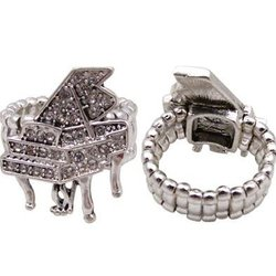 Crystal Grand Piano Stretch Ring - Silver