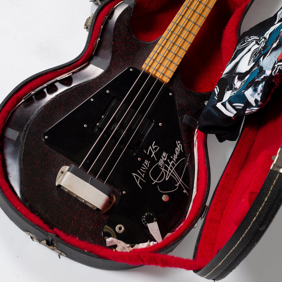 View larger image of Gibson Custom Gene Simmons Alive! Grabber Bass Guitar - Pre-Owned