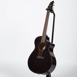 Breedlove Discovery Concert CE Acoustic-Electric Guitar - Black Widow