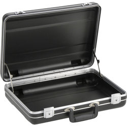 SKB Luggage Style Transport Case - No foam, 17.25 x 12.25 x 6