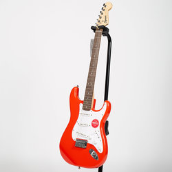 Squier Bullet Stratocaster Hard Tail - Laurel, Fiesta Red