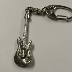 Stratocaster Guitar Keychain - Pewter