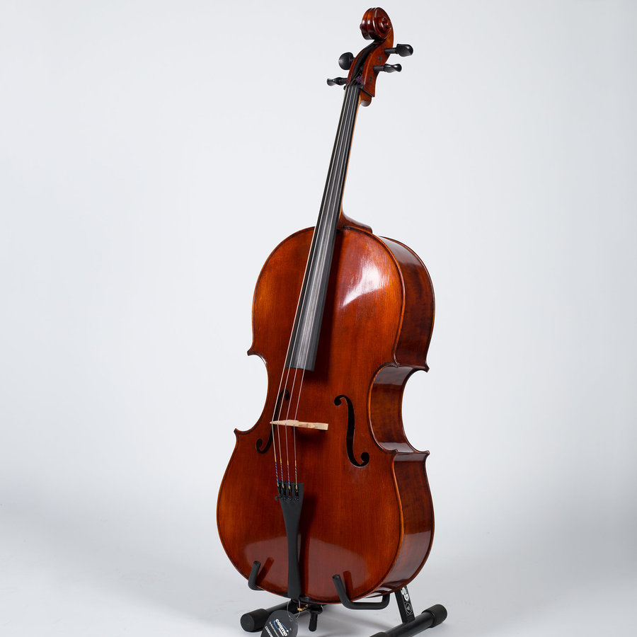 View larger image of Stratus by Eastman Montagnana Cello Outfit - 4/4