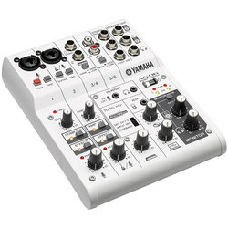 Yamaha AG06 Mixer and USB Audio Interface
