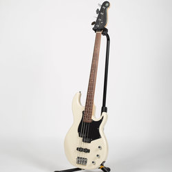 Yamaha BB234 Bass Guitar - Vintage White