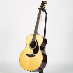 Yamaha LJ16 ARE Acoustic-Electric Guitar